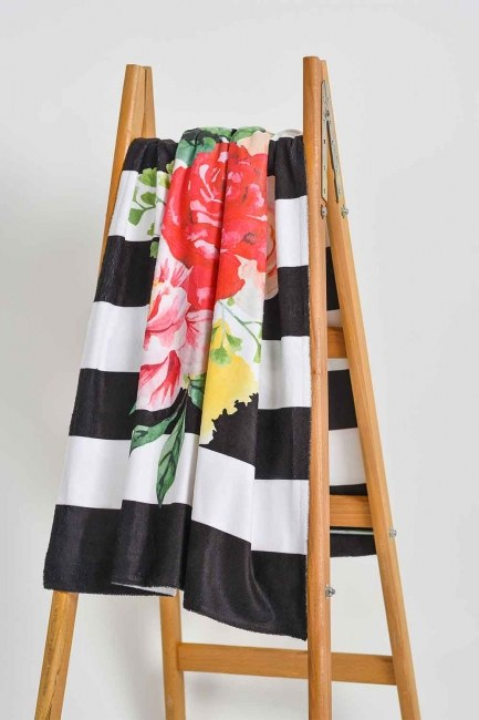 MIZALLE HOME Beach Towel (Queen)