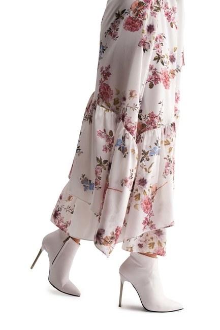 MIZALLE حذاء بكعب مدبب (أبيض)