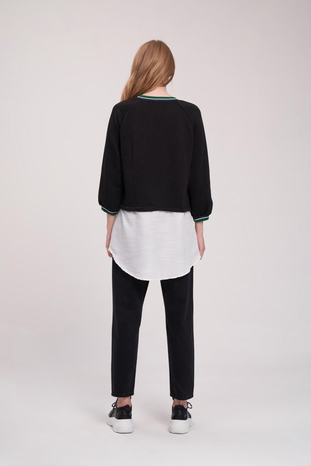 Poplin Parçalı Siyah Sweatshirt