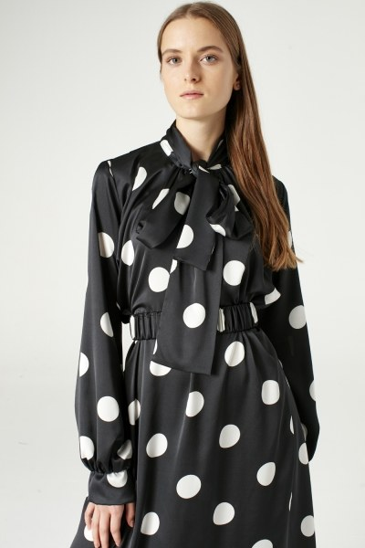 MIZALLE - Puantiyeli Elbise (Siyah) (1)