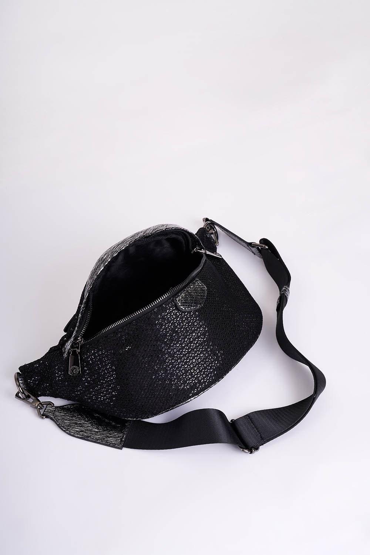Pul Detaylı Bel Çantası (Siyah)