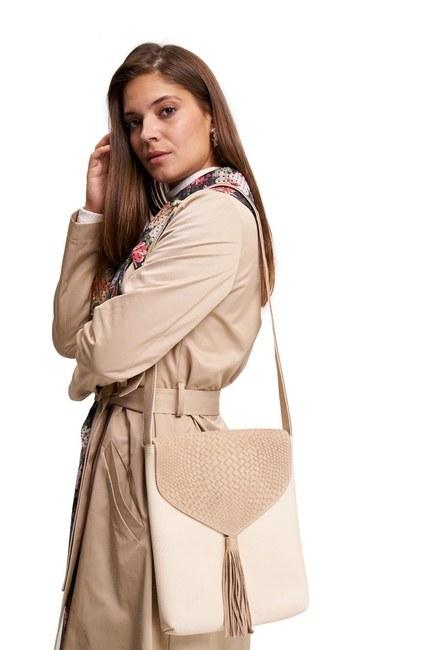 MIZALLE Tassel Shoulder Bag (Beige)