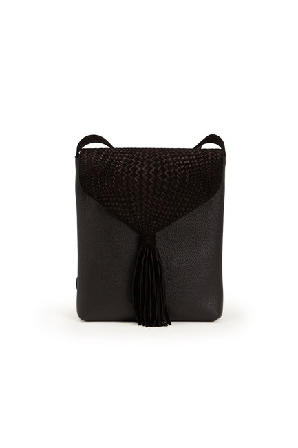 MIZALLE - Tassel Shoulder Bag (Black) (1)