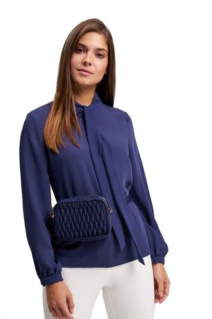 MIZALLE حقيبة كتف وخصر مبطنة (أزرق)