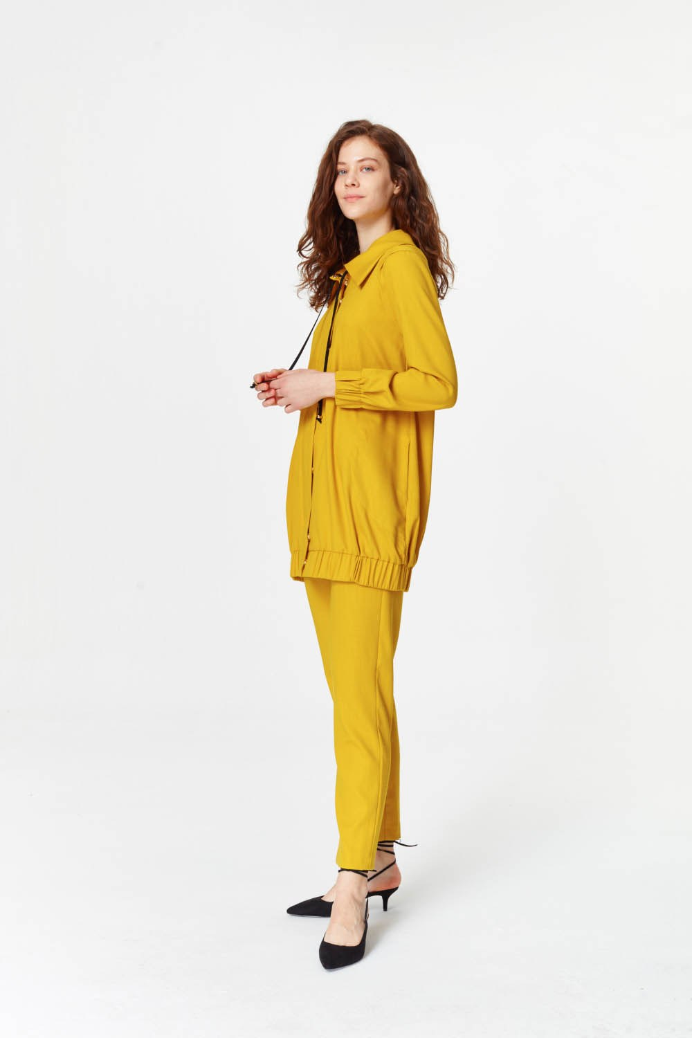 MIZALLE Regular Collar Jacket (Saffron) (1)