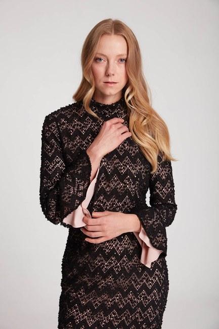 MIZALLE - لون فستان الدانتيل مفصل (الوردي) (1)