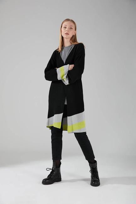 Mizalle - Renk Parçalı Triko Hırka (Siyah)