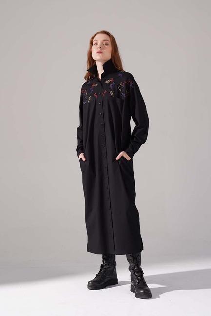 Mizalle - Renkli İşleme Detaylı Elbise (Siyah)