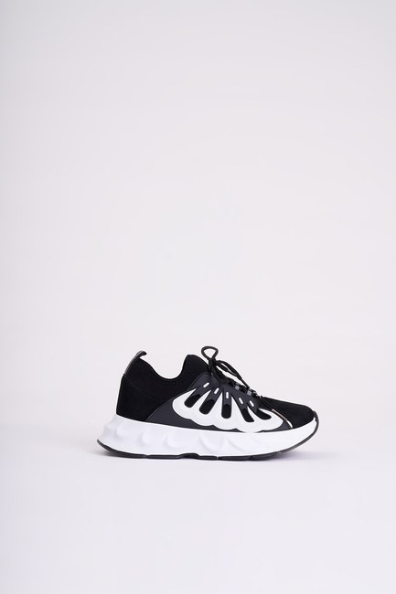 MIZALLE - Rubber Scuba Sneakers (Black) (1)