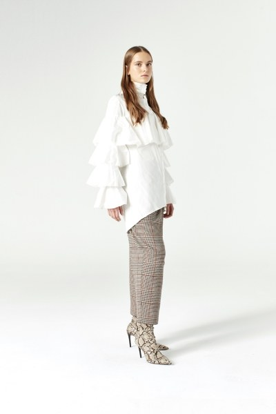 MIZALLE - Ruffle Shirt (Ecru) (1)