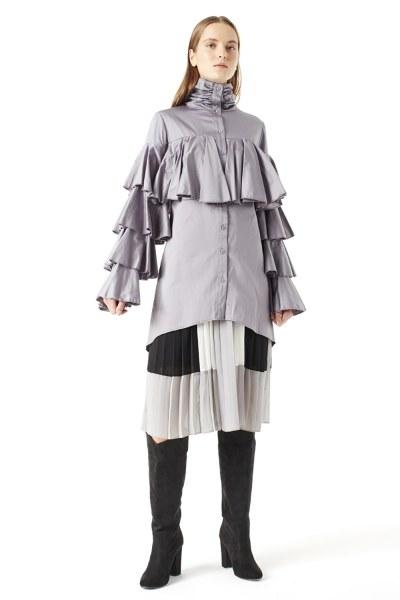 MIZALLE - Ruffle Shirt (Grey) (1)
