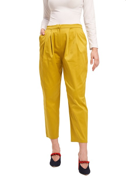 MIZALLE - Satin Pleated Trousers (Saffron) (1)