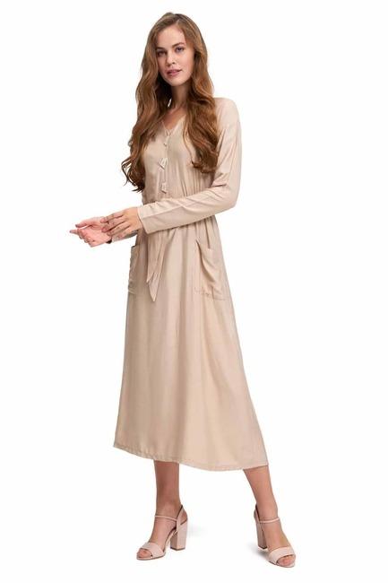 MIZALLE Sedef Düğmeli Viskon Uzun Elbise (Bej)