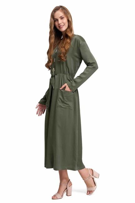 MIZALLE Sedef Düğmeli Viskon Uzun Elbise (Haki)
