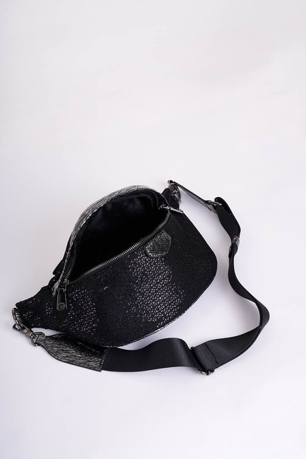 Mizalle - Sequin Detailed Waist Bag (Black) (1)