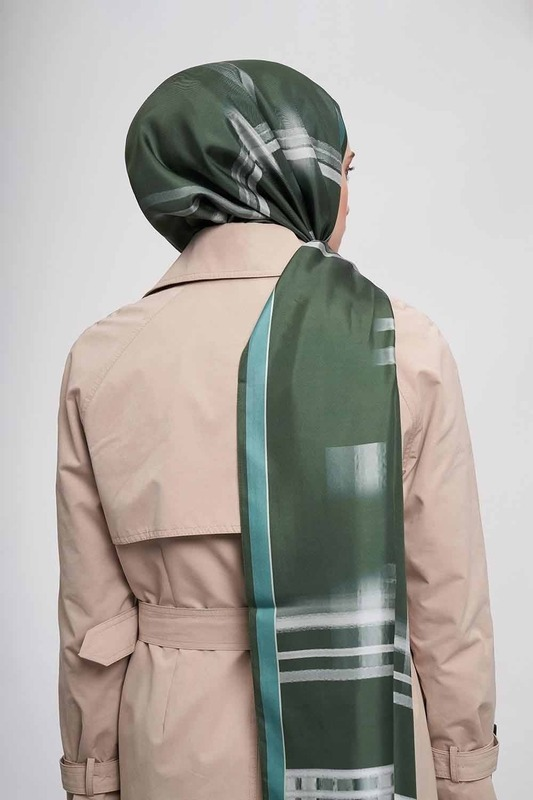 Şerit Desenli İpek Şal (Yeşil)