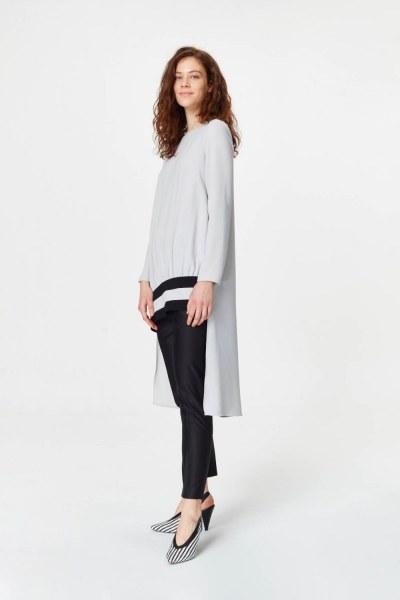 MIZALLE - Şerit Detaylı Arkası Uzun Tunik Elbise (Gri) (1)
