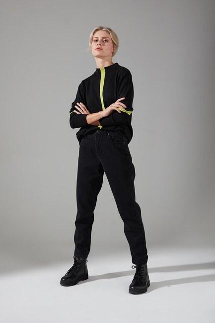 Şerit Detaylı Siyah Triko Tunik - Thumbnail