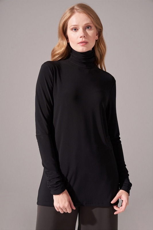 Shirred Sandy Blouse (Black)
