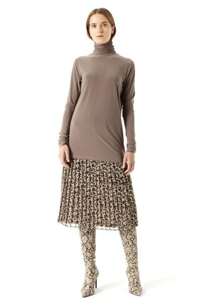 MIZALLE Shirring-Collar Blouse (Mink)