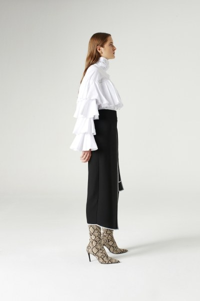 MIZALLE - Side-Belted Skirt (Black) (1)