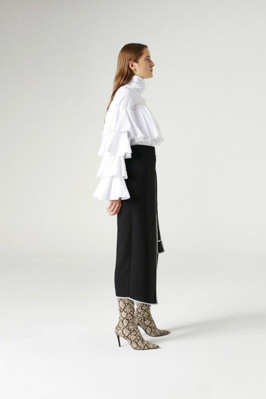 Side-Belted Skirt (Black)