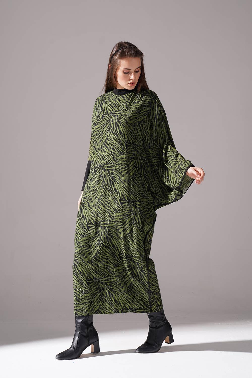 Sim Desenli Yarasa Kol Yeşil Elbise