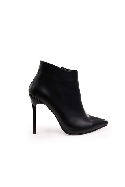 MIZALLE - Pointed Heeled Boots (Black) (1)