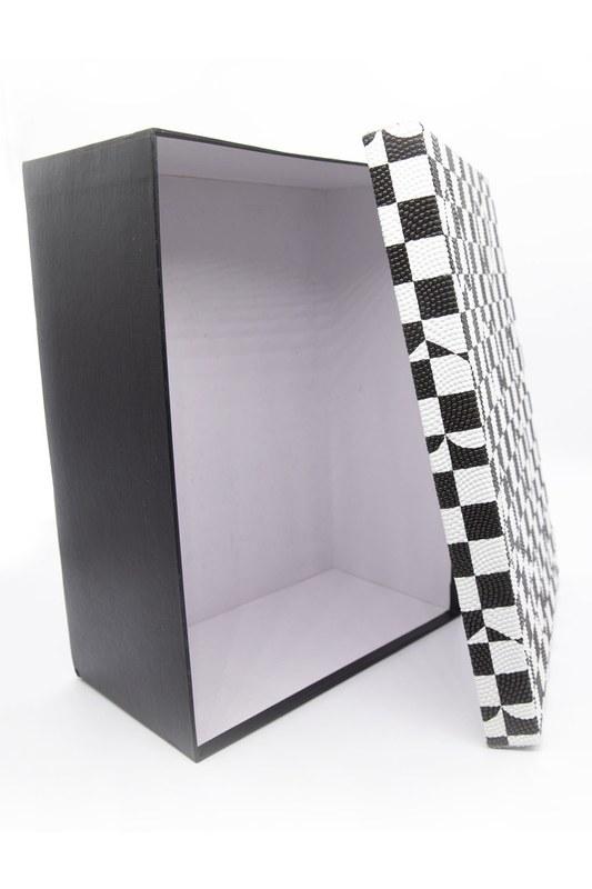 Siyah Beyaz Kare Kutu (9X17)