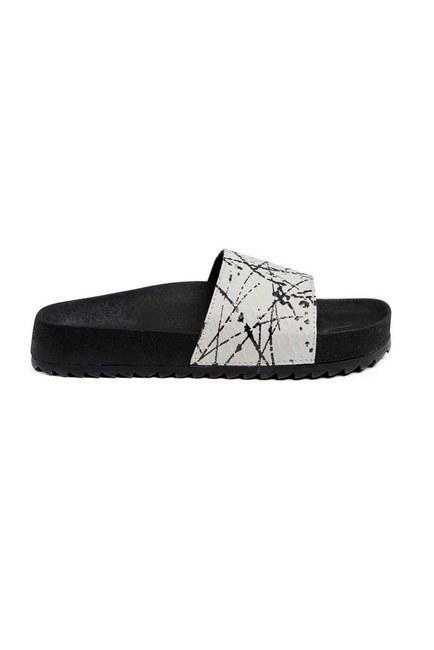 MIZALLE - Soft Sole Slippers (White) (1)