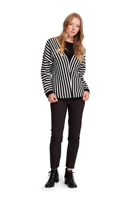 Mizalle - Striped V Neck Sweater (Black/White) (1)