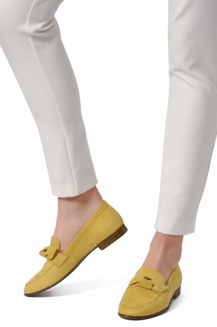 MIZALLE Suede Leather Moccasins (Yellow)