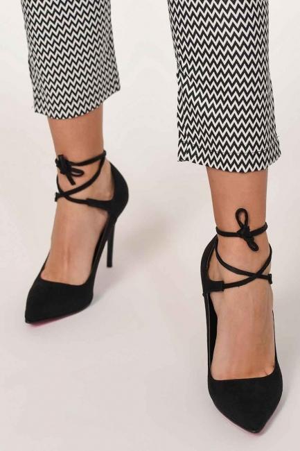 MIZALLE - Süet Sivri Burun Ayakkabı (Siyah) (1)