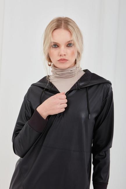 Mizalle - Suni Deri Siyah Kapüşonlu Sweatshirt
