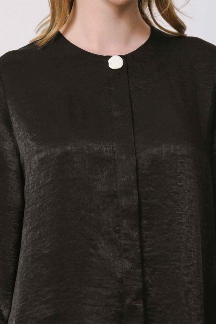 Trim Buttoned Blouse (Black) - Thumbnail