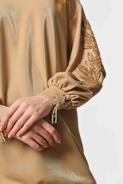 MIZALLE - قميص ثقيل مع اكمام مطرزة من الترتر (ذهبي) (1)