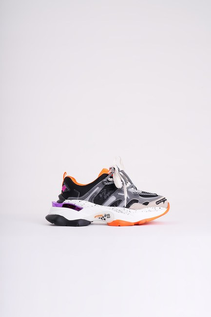 Mizalle - Tabanı Renkli Spor Ayakkabı (Siyah) (1)