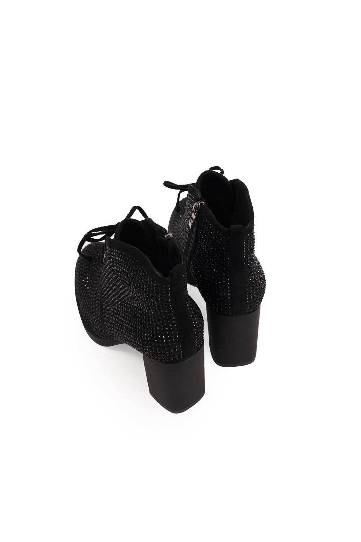 Taş Detaylı Topuklu Bot (Siyah)