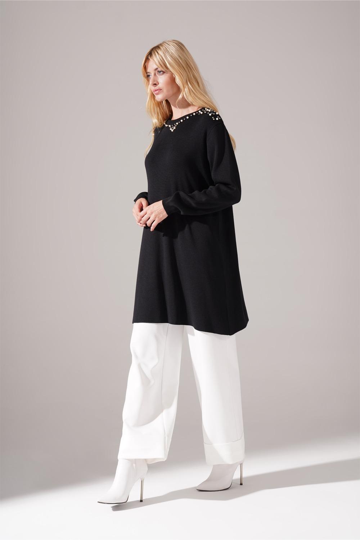 Taş Detaylı Siyah Triko Tunik