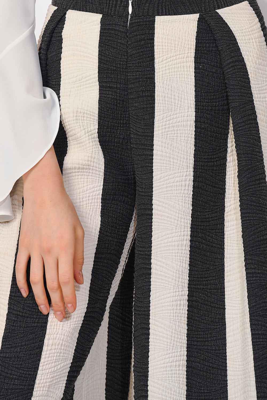 MIZALLE Tasarım Çizgili Pantolon (1)