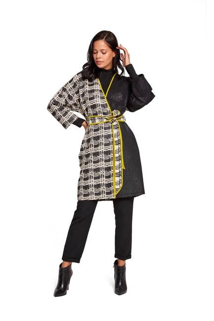 Colorful Long Kimono (Black/White) - Thumbnail