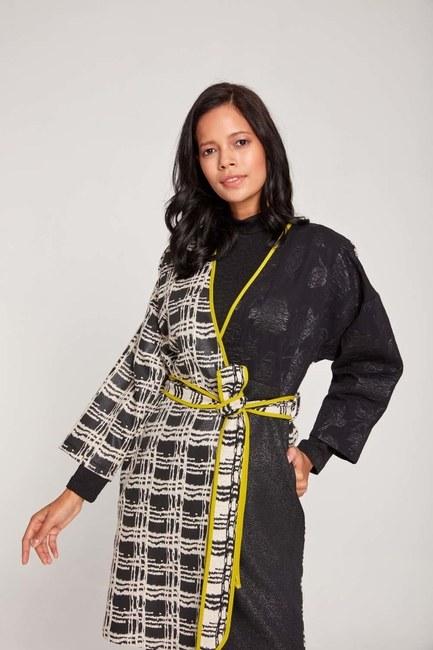 MIZALLE - Tasarım Renkli Uzun Kimono (Siyah/Beyaz) (1)