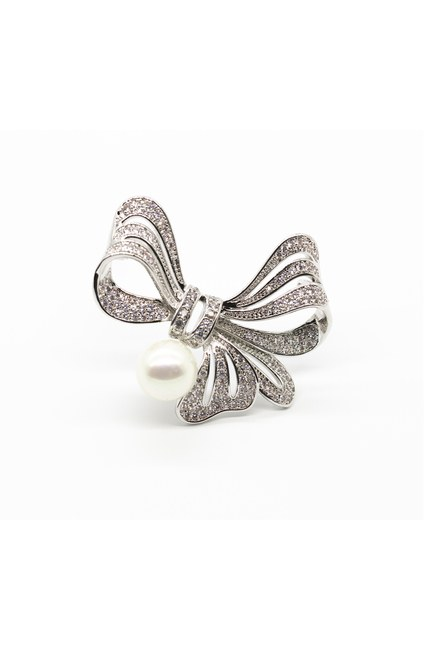 MIZALLE - Stoned Ribbons Brooch (Grey) (1)