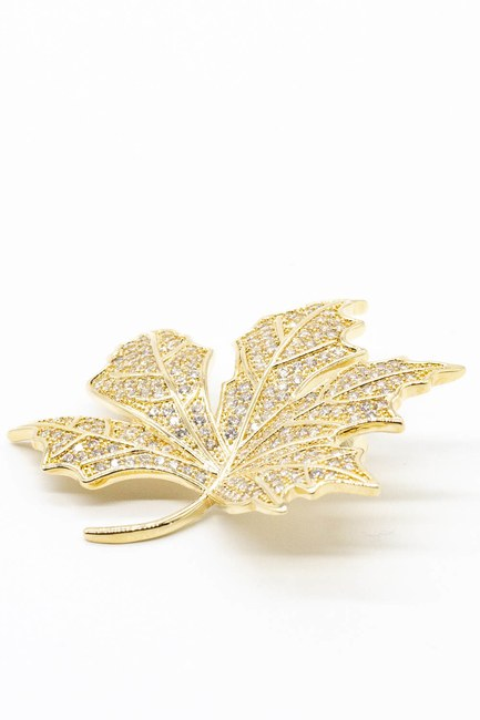 MIZALLE - Stoned Leaf Brooch (Yellow) (1)