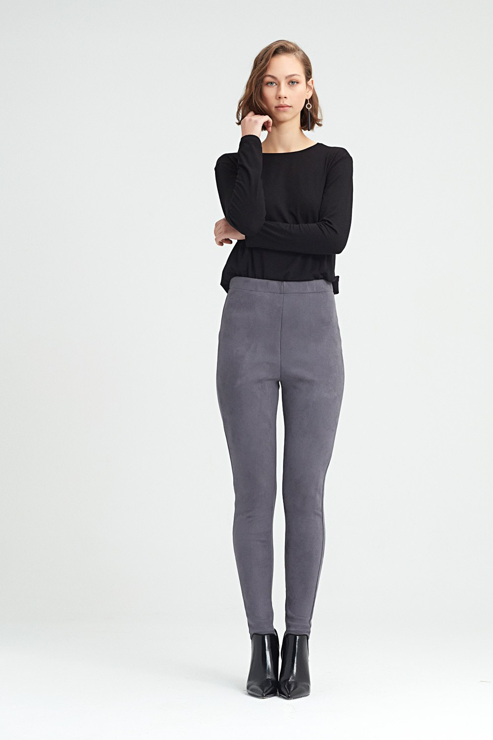 MIZALLE Tight Trousers (Grey) (1)
