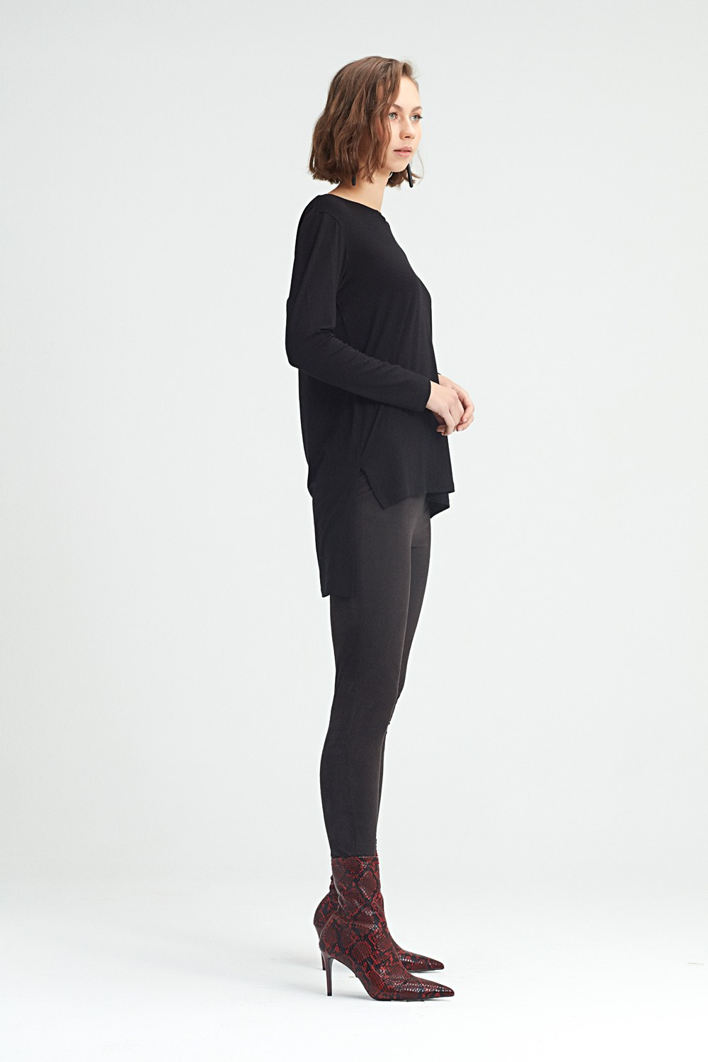 MIZALLE Tight Trousers (Black) (1)