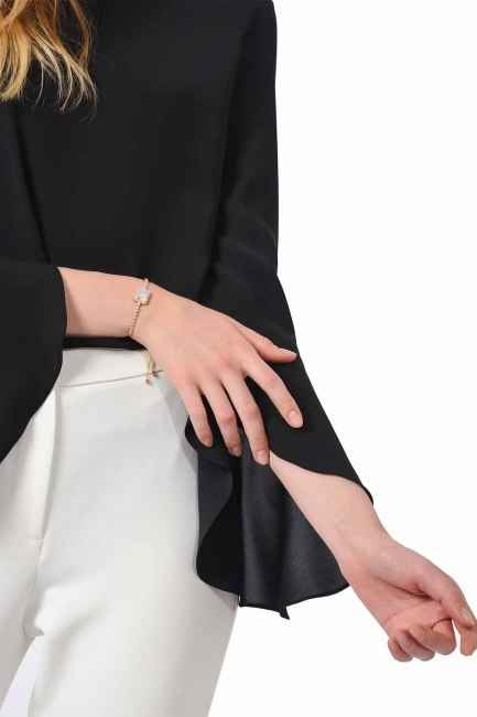 MIZALLE Stone Bracelet (Gold)