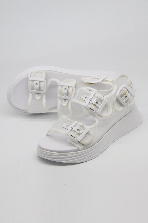 Tokalı Beyaz Spor Sandalet