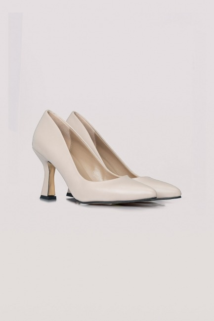 Mizalle - Topuklu Deri Ayakkabı (Ten Rengi)