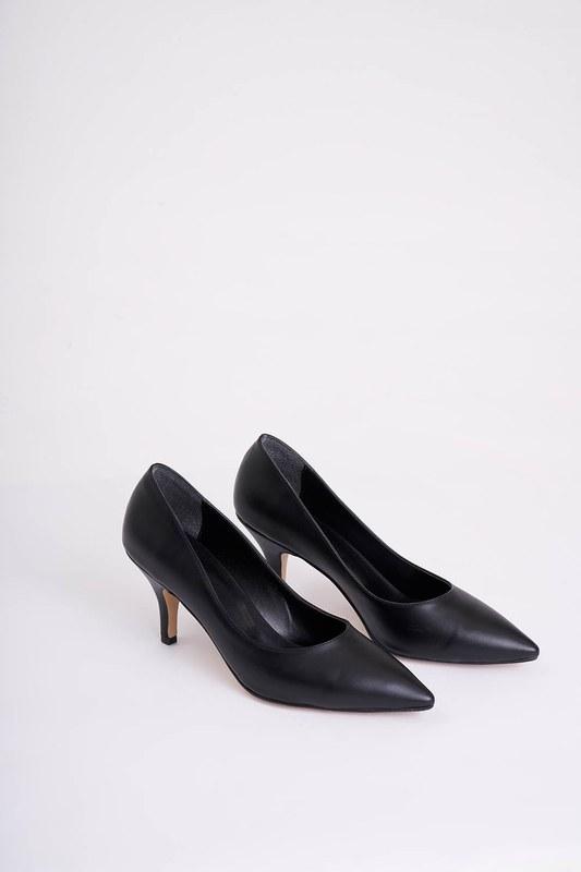 Topuklu Sivri Burun Ayakkabı (Siyah)
